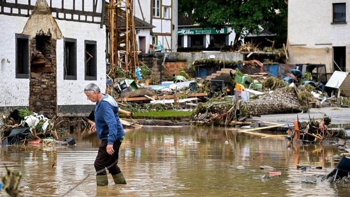 Đức, Bỉ bàng hoàng vì lũ lụt chưa từng thấy - Ảnh 9.