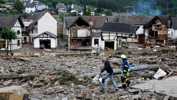 Đức, Bỉ bàng hoàng vì lũ lụt chưa từng thấy - Ảnh 10.