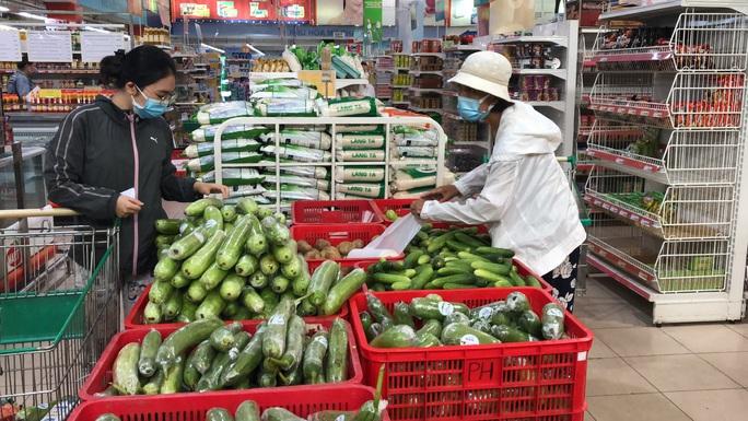 Nhiều tỉnh, thành đưa nông sản, thực phẩm về TP HCM tiêu thụ - Ảnh 1.