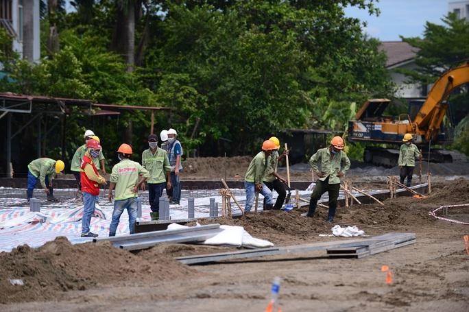 Toàn cảnh đại công trường xây dựng 2 bệnh viện dã chiến hơn 7.000 gường tại TP HCM - Ảnh 3.