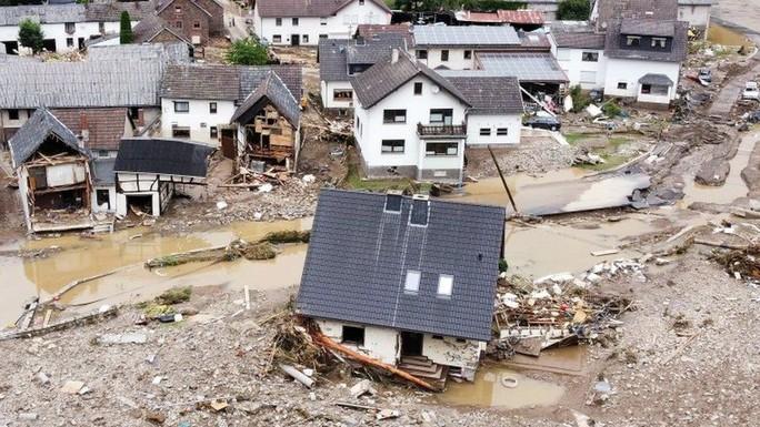 Được báo trước nhiều ngày, lũ lụt Tây Âu vẫn gây thiệt hại khó lường - Ảnh 4.
