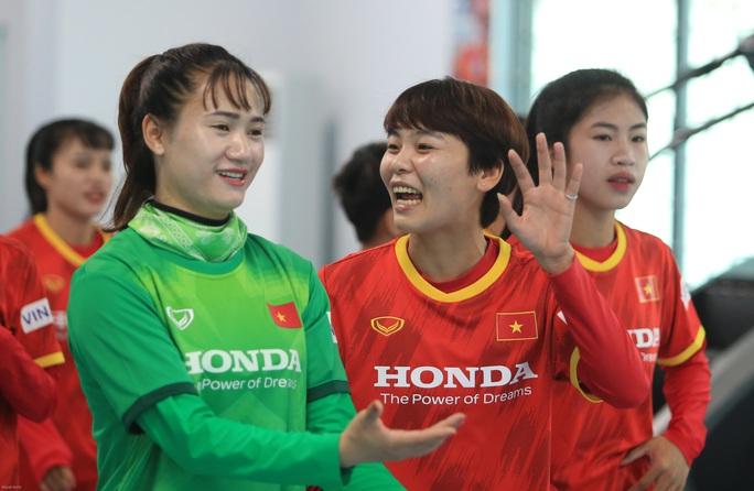 HLV Mai Đức Chung nói về việc tìm nhân tố mới cho bóng đá nữ - Ảnh 3.