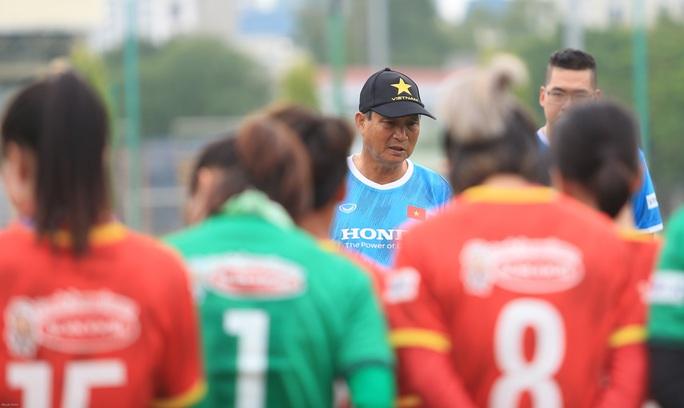 HLV Mai Đức Chung nói về việc tìm nhân tố mới cho bóng đá nữ - Ảnh 5.