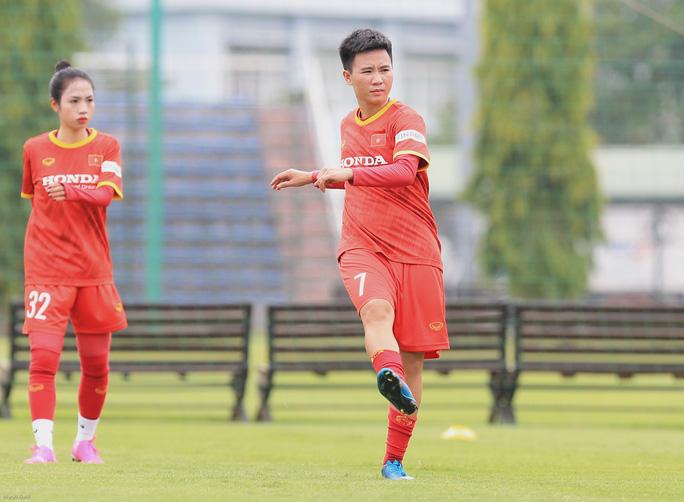 HLV Mai Đức Chung nói về việc tìm nhân tố mới cho bóng đá nữ - Ảnh 9.