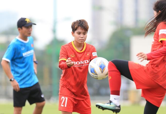 HLV Mai Đức Chung nói về việc tìm nhân tố mới cho bóng đá nữ - Ảnh 13.