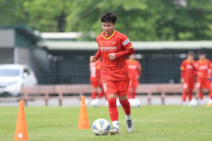 HLV Mai Đức Chung nói về việc tìm nhân tố mới cho bóng đá nữ - Ảnh 12.
