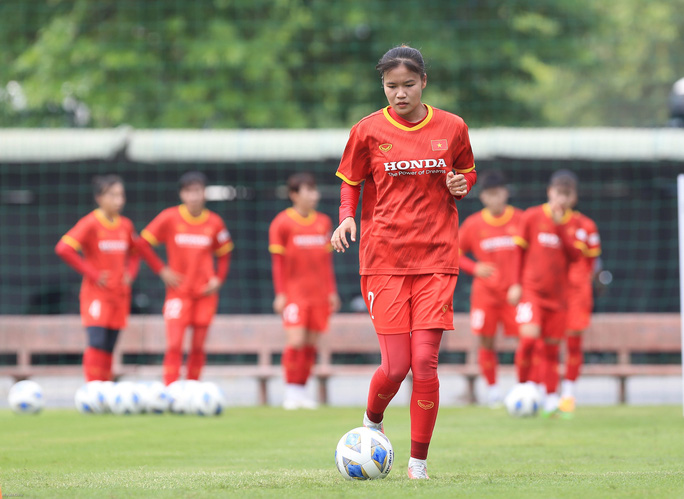 HLV Mai Đức Chung nói về việc tìm nhân tố mới cho bóng đá nữ - Ảnh 11.