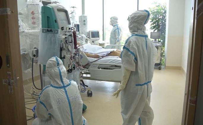Trung tâm Hồi sức Covid-19 tại TP HCM đã tiếp nhận 160 bệnh nhân nặng - Ảnh 1.