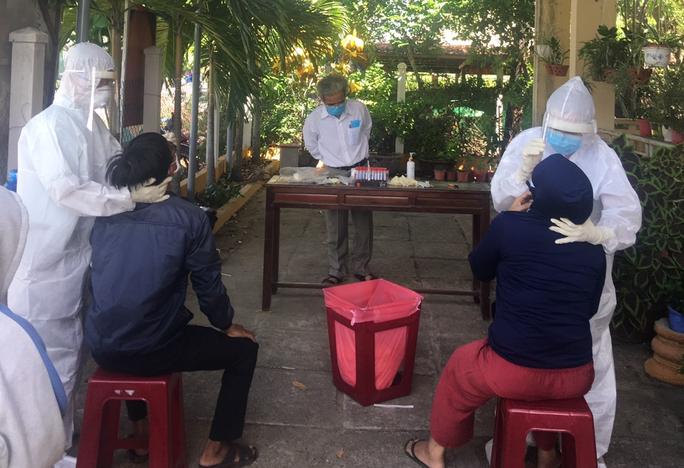 Quảng Nam: Có 7 ca nghi nhiễm, người dân Tiên Phước không được rời khỏi huyện - Ảnh 1.