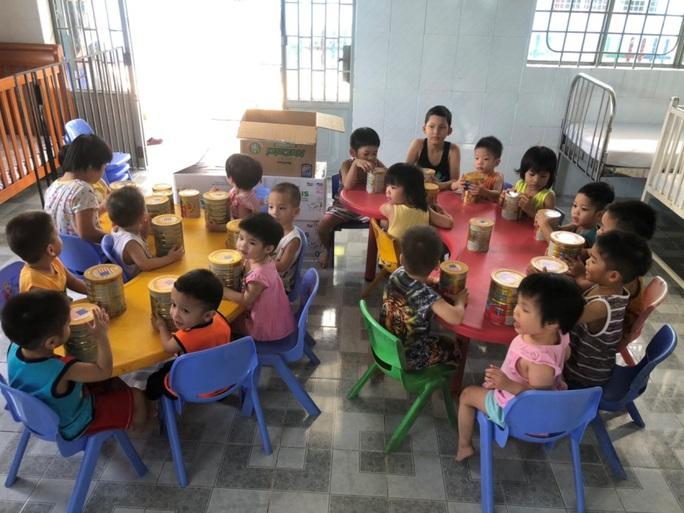 Ấm lòng triệu bữa ăn dinh dưỡng cho trẻ em nghèo mùa dịch Covid-19 - Ảnh 3.