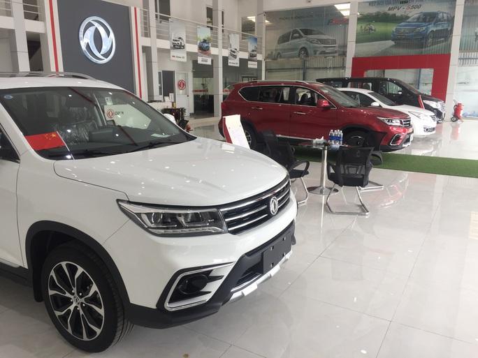 Nhập khẩu ôtô Trung Quốc tiếp tục tăng - Ảnh 1.