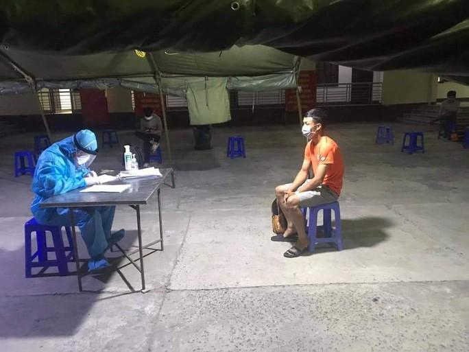 Quảng Nam: Có 7 ca nghi nhiễm, người dân Tiên Phước không được rời khỏi huyện - Ảnh 2.