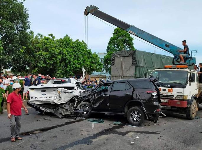 9 ôtô tông nhau liên hoàn, 1 người chết - Ảnh 6.