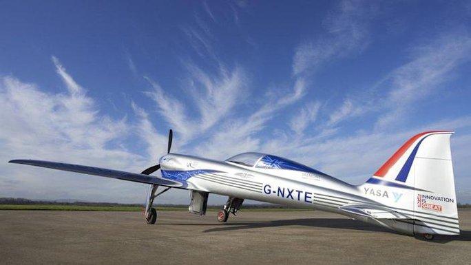 Máy bay điện E-NXT đợi ngày phá kỷ lục thế giới - Ảnh 1.