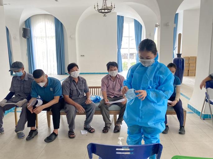 Đà Nẵng bố trí khách sạn miễn phí cho hơn 600 người từ TP HCM trở về - Ảnh 1.