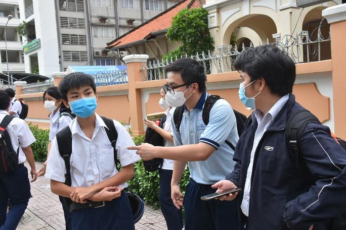 TP HCM: Dự kiến công bố điểm thi tốt nghiệp THPT đợt 1 ngày 24-7 - Ảnh 1.