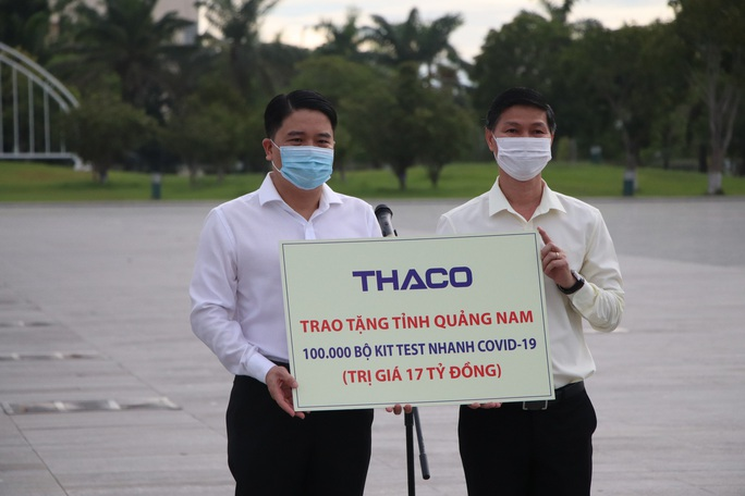 Quảng Nam đưa xe đón đồng hương, mang theo 100 tấn nông sản hỗ trợ TP HCM - Ảnh 14.