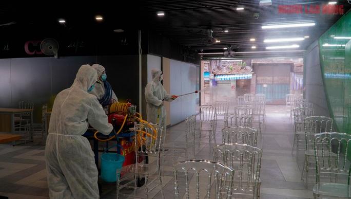 Toàn cảnh Bệnh viện dã chiến số 5 ở Thuận Kiều Plaza trước ngày hoạt động - Ảnh 2.