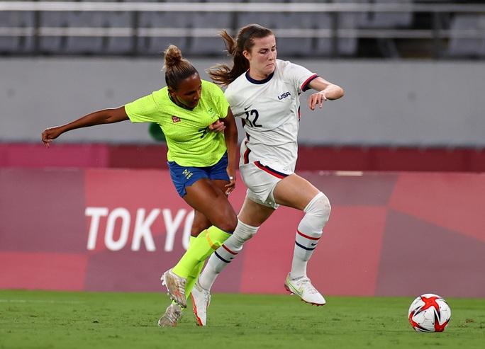 Đương kim vô địch World Cup nữ thua sốc ngày ra quân Olympic Tokyo 2020 - Ảnh 1.