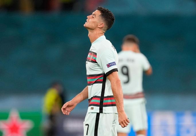 Ronaldo bị thất sủng ở Juventus - Ảnh 1.