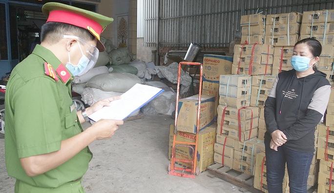Cơ sở sản xuất cà phê hiệu con chồn thượng hạng chứa 80% đậu nành - Ảnh 2.