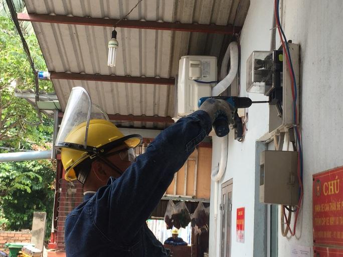TP HCM: Gọi 1900 545454 để đăng ký mua điện đúng giá - Ảnh 2.