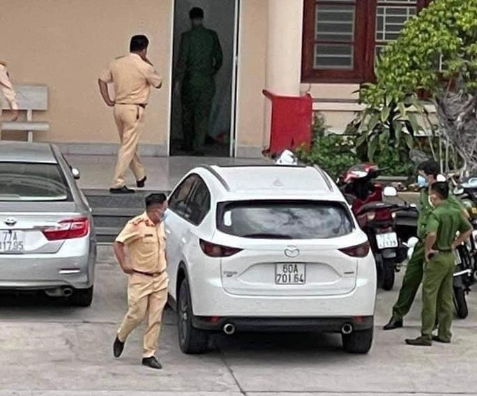 Thiếu tá công an kể về hành trình truy bắt ôtô vượt chốt kiểm dịch, ép CSGT té ngã - Ảnh 3.