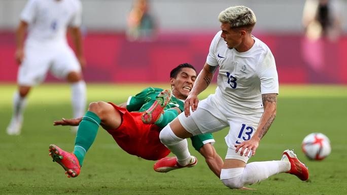 Nhà vô địch World Cup thua sốc trận ra quân Olympic Tokyo - Ảnh 2.