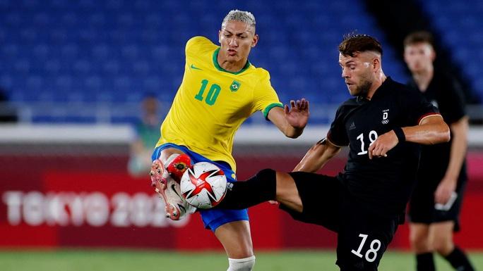 Olympic Tokyo: Brazil đánh bại Đức, Argentina thua sốc Úc - Ảnh 4.