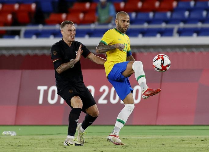 Olympic Tokyo: Brazil đánh bại Đức, Argentina thua sốc Úc - Ảnh 1.