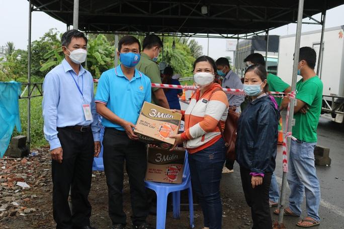 Chương trình Thực phẩm miễn phí cùng cả nước chống dịch đến với Cần Thơ - Ảnh 9.