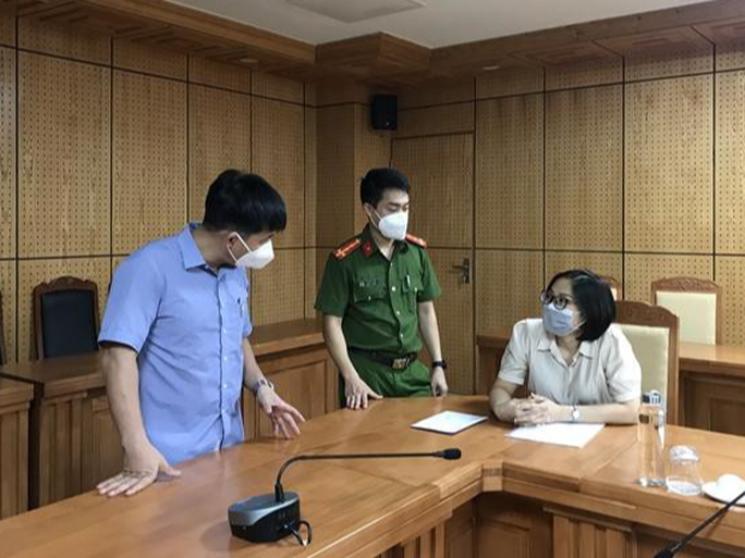 Khởi tố nữ cán bộ Cục Thuế tỉnh Bắc Giang - Ảnh 1.