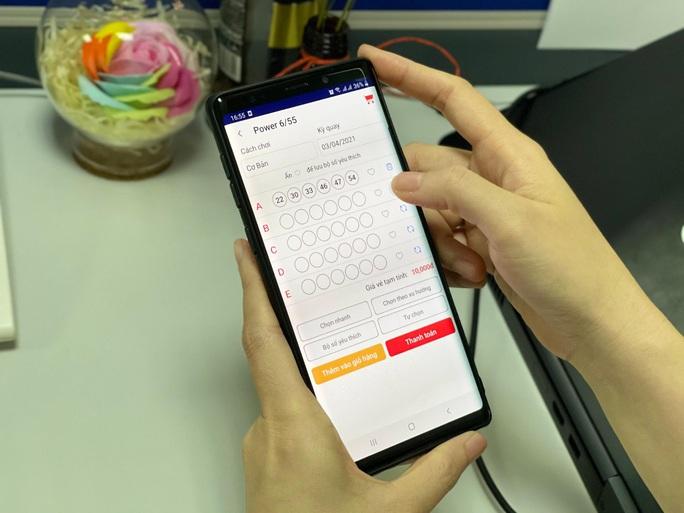 Vietlott trả thưởng gần 50 tỉ đồng cho người trúng giải qua tin nhắn SMS - Ảnh 1.