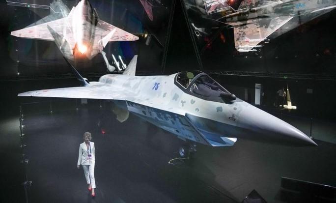 Người phát ngôn trả lời câu hỏi về khả năng mua tiêm kích tàng hình Su-75 của Nga - Ảnh 3.