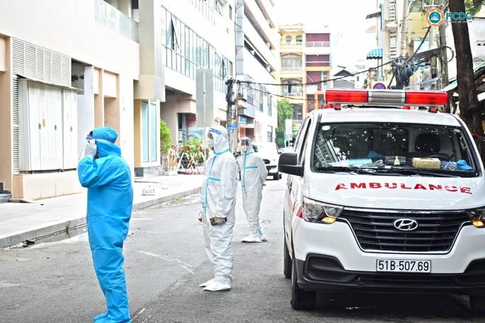TP HCM: Thần tốc mở 1 bệnh viện dã chiến Covid-19 tại quận 5 - Ảnh 1.