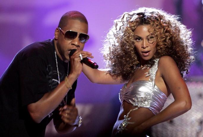 Biệt thự cổ của nữ danh ca Beyonce bị cháy - Ảnh 3.