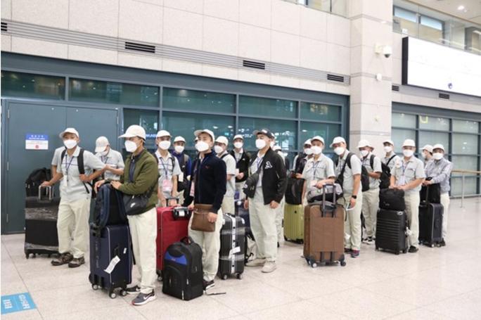 Hàn Quốc có chính sách mới gia hạn thời gian lưu trú cho lao động nước ngoài - Ảnh 1.