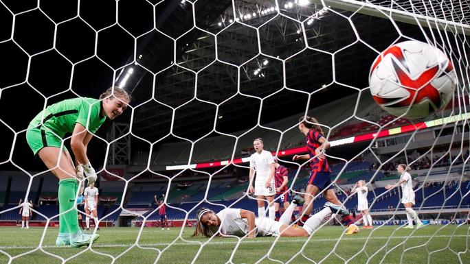 Nhà vô địch World Cup phô trương sức mạnh trước đối thủ yếu - Ảnh 4.