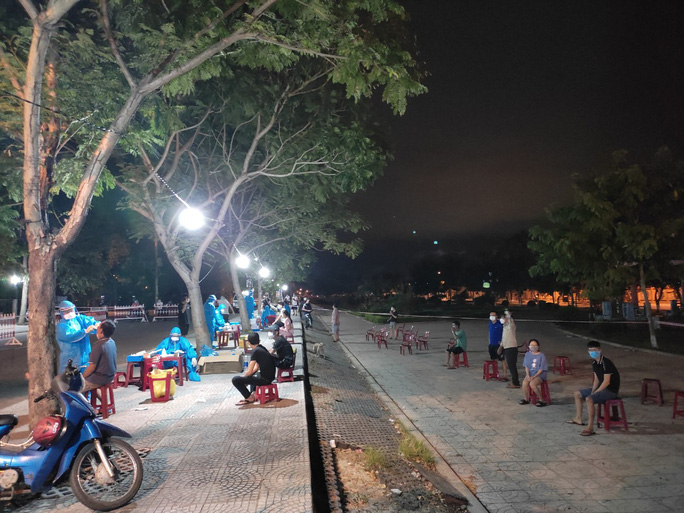 Quảng Nam bác thông tin áp dụng Chỉ thị 16 ở 5 huyện, thị xã - Ảnh 1.