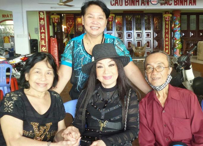 Nghệ sĩ tiếc thương cô đào Kim Phượng của gia tộc Huỳnh Long - Ảnh 1.
