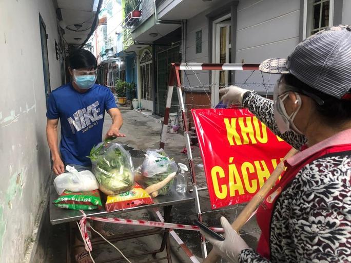 Dịch Covid-19: Mang chợ đến nhà - Ảnh 10.