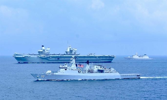 Nhóm tác chiến tàu sân bay Anh tới biển Đông - Ảnh 1.