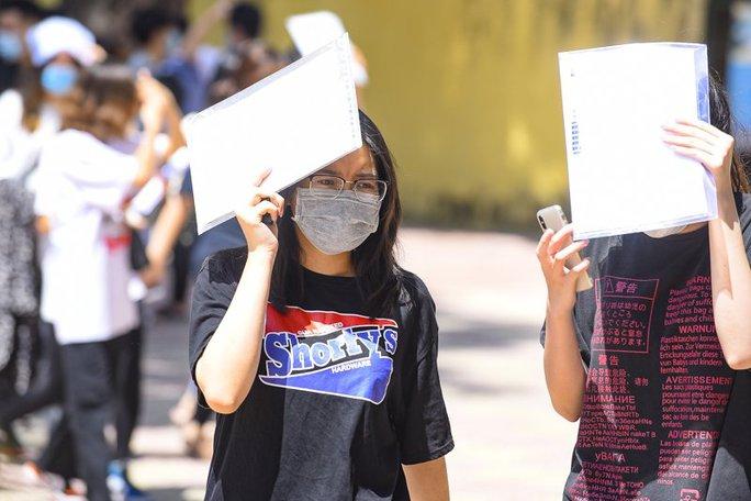 5 thí sinh đạt điểm thi cao nhất Thanh Hóa là học sinh trường huyện - Ảnh 1.