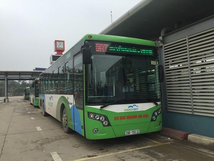 Dự án xe buýt nhanh BRT Hà Nội có sai phạm hơn 43 tỉ đồng, vắng khách - Ảnh 1.