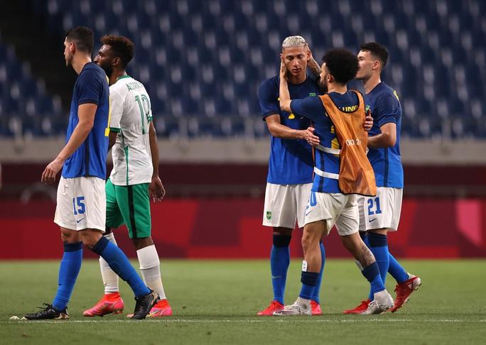 Hàn Quốc, Brazil vào tứ kết bóng đá nam Olympic Tokyo - Ảnh 2.