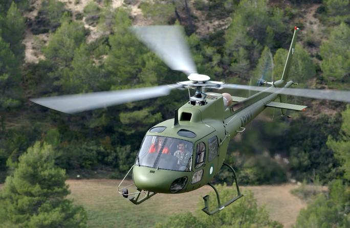 Guinea Xích đạo hành động sốc, thẳng tay bắt trực thăng quân sự Pháp - Ảnh 1.