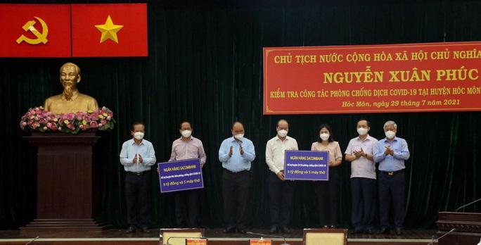 Chủ tịch nước Nguyễn Xuân Phúc: Bảo vệ tính mạng người dân là mục tiêu trên hết, trước hết - Ảnh 3.
