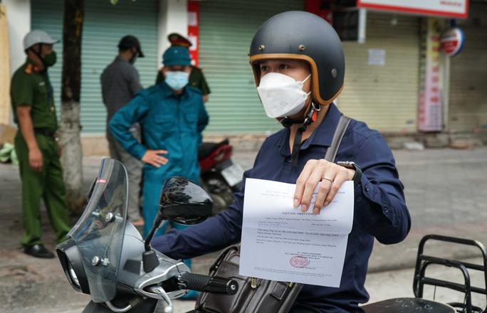 Mẫu giấy đi đường ở Hà Nội khi giãn cách xã hội - Ảnh 2.