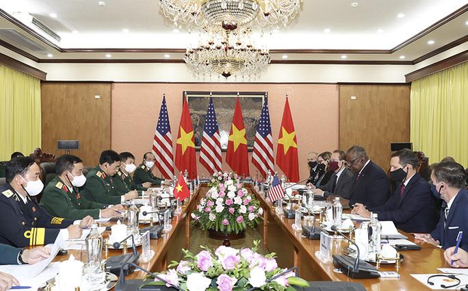 Hai bộ trưởng quốc phòng Việt Nam - Mỹ hội đàm - Ảnh 4.