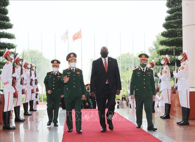 Hai bộ trưởng quốc phòng Việt Nam - Mỹ hội đàm - Ảnh 3.